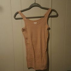 Old Navy Tami Dark tan Old Navy Tami. Worn once, excellent condition. Old Navy Tops Tank Tops