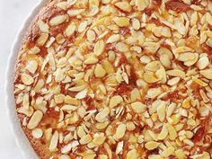 Gâteau au yaourt pommes, amandes, hyper moelleux Snack Recipes, Snacks, Beans, Vegetables, Food, Almonds, Thermomix, Snack Mix Recipes, Appetizer Recipes