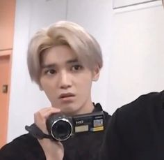 Discover recipes, home ideas, style inspiration and other ideas to try. Bts Memes, Funny Kpop Memes, Cartoon Memes, Memes Humor, Meme Pictures, Reaction Pictures, Nct 127, All Meme, Meme Meme