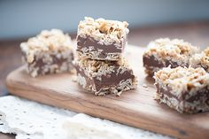 These no bake peanut butter bars have a thick layer of sweet oatmeal and a rich and fudgy chocolate peanut butter center. They're very similar to your favorite no bake cookie recipe, but they're in bar form! Well, how was it? Did you enjoy your Mother's Day with lots of extra pampering and breakfast in …