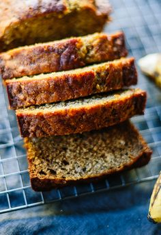 8. Naturally Sweetened Banana Bread #healthy #fruit #recipes http://greatist.com/eat/ripe-fruit-recipes-to-avoid-food-waste