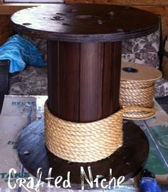 As always, a day late, a dollar short! Saw similiar yesterday! diy rope spool table