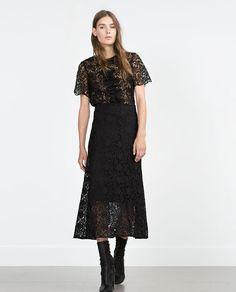 Image 1 de TOP EN DENTELLE de Zara