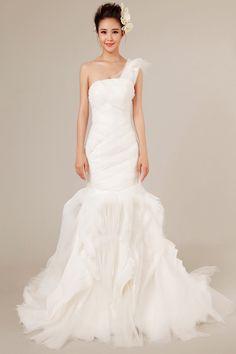Mermaid One Shoulder Sleeveless Tiered Organza Court Train Wedding Dress