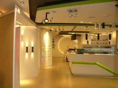 Our venue for the evening, Atrium lighting showroom.