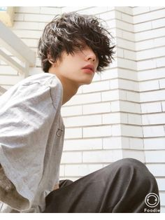 Cute Asian Guys, Cute Korean Boys, Cute Guys, Human Poses Reference, Pose Reference Photo, Beautiful Boys, Pretty Boys, Poses References, Japanese Boy