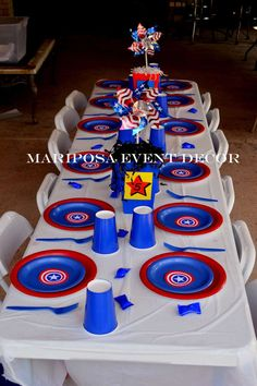 Mariposa Event Decor 's Birthday / Captain America - Photo Gallery at Catch My Party 5th Birthday Party Ideas, Party Themes For Boys, 10th Birthday Parties, Birthday Fun, Captain America Birthday Cake, Captain America Party, Anniversaire Captain America, America Themed Party, Avengers Birthday