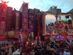 TomorrowWorld - Such Energy Edm, Times Square, Travel, Life, Viajes, Destinations, Traveling, Trips, Tourism