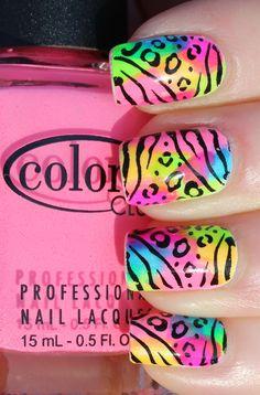 Colorful Nails #PrimerasVecesbyCyzone