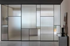 Glass Partition Wall, Room Partition Designs, Office Interior Design, Office Interiors, Glass Design, Door Design, Sliding Pocket Doors, Movable Walls, Concrete Lamp