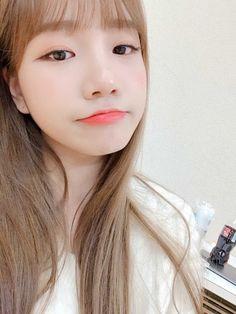 Kpop Girl Groups, Kpop Girls, Yoon Sun Young, Eyes On Me, Forever Girl, Yu Jin, The Wiz, Photo Cards, Korean Girl