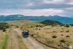 Valea Vinului Dome, o cazare inedită în Maramureș - Cherry on The World Romania, Glamping, Drum, Cherry, Country Roads, Mountains, World, Nature, Travel