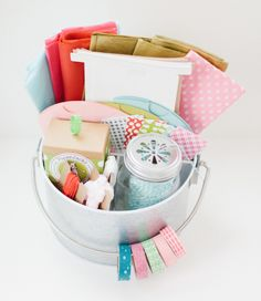 Genius Gift Wrap Caddy DIY Storage | If you find yourself going crazy over all the wrapping that needs to be done during the Christmas season, then you need to try these DIY storage ideas.