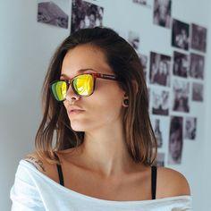 @sosann #hawkersco #sunglasses #losangeles