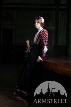 Vue de côté de robe renaissante du style florentin en velours naturel d'ArmStreet