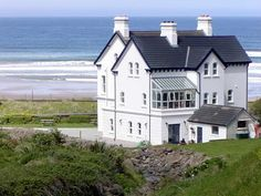 Downhill Beach, Northern Ireland | Downhill Hostel Northern Ireland fronts onto Ireland's longest beach