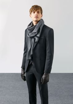 The Scarf adds an artistic Flair   Edition-MAN-LOOKBOOK | ZARA United States