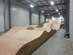 interior skatepark - Google Search Mini Ramp, Skateboard Ramps, Rc Vehicles, Bike Parking, Bike Rider, Skate Park, Bike Stuff, Skates, Rollers