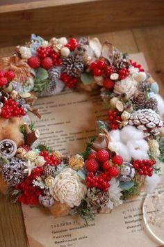 Christmas Flower Decorations, Christmas Advent Wreath, Christmas Art, Fall Flower Arrangements, Spring Door Wreaths, Wreath Crafts, Country Christmas, Merry Christmas, Basil