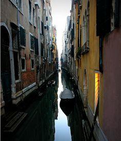 Rio San Mauritzio, Venice