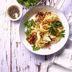 Himanshu Taneja (@thewhiteramekins) • Instagram photos and videos Food Styling, Food Photography, Spaghetti, Rustic, Photo And Video, Videos, Ethnic Recipes, Photos, Vintage