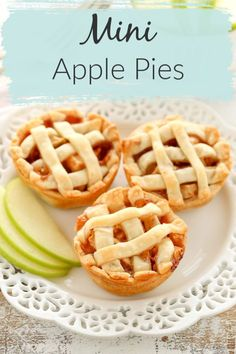 Mini pies are the perfectly portioned dessert! These Mini Apple Pies are SO easy to make! They are filled with a simple homemade apple pie filling. You can serve them anytime this fall or for Thanksgiving, they make the perfect mini dessert! Apple Pie Recipe Easy, Homemade Apple Pie Filling, Easy Pie Recipes, Apple Pie Recipes, Mini Apple Strudel Recipe, Simple Apple Recipes, Apple Ideas, Homemade Pie, Top Recipes