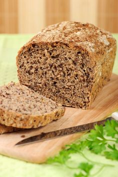 This flax bread recipe is the answer for those missing the taste of bread. Flax bread is a delicious, low-carb alternative to regular bread!