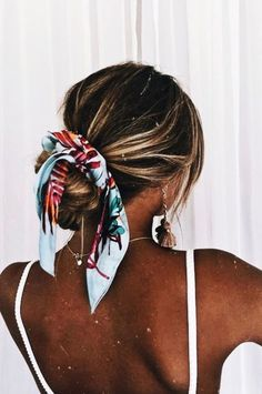 Pin By Eden Graves On Hair Hair Styles Scarf Hairstyles Long - messy hairstyles with bandana messy hairstyles men Easy Hairstyles For Medium Hair, Medium Hair Styles, Curly Hair Styles, Cool Hairstyles, Hair Scarf Styles, Bun Styles, Ponytail Styles, Winter Hairstyles, Beach Hairstyles For Long Hair