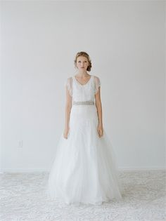 Simple tulle and lace beading belt A-line wedding dress