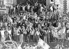 Scotland fans at Trafalgar Square, London (1977)