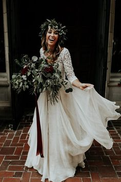 Check out the blog for tips for feeling your best on your wedding day <3 | Image by Sarah Joy Photo and Melissa Prosser Photography