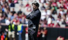 Will Muschamp begins new era in South Carolina on right foot = On paper, South Carolina beat Vanderbilt, 13-10, Thursday night in Nashville.  On paper, it looks like a game that was close but boring. On paper, it's not impressive that South Carolina beat a Vanderbilt team that.....