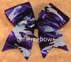 Have a themed practice coming up? This glitter camp bow can be made in a wide variety of colors to match your practice wear, uniform or whatever. Email us if you dot see the color combination you want. Softball Bows, Cheer Bows, Cheerleading, Camo Bows, Bow Shop, Diy Necklace, My Princess, How To Make, How To Wear