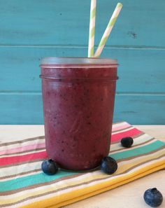 Blueberry Banana Acai Smoothie  - A rich, healthy vegan, gluten free smoothie made with Sambazon Acai Juice, banana and blueberries, blended together for the perfect drink,