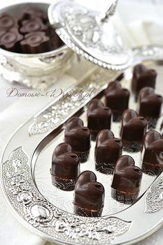 Pralinki chałwowe Polish Recipes, Polish Food, Sugar Candy, Trufle, Pudding, Snacks, Chocolate, Creative, Chocolate Candies