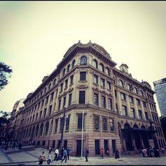 Edificio dos Correios (Post Office Builing)  Sao Paulo - Brazil My Town, Louvre, Building, Travel, Arquitetura, United States, Viajes, Buildings