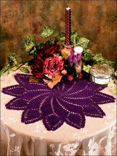 Pineapple Pinwheel Doily - love the color and pattern!