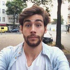 Un selfie di Alvaro Soler