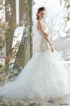 http://www.weddinginspirasi.com/2014/06/27/tara-keely-spring-2014-wedding-dresses/ tara keely spring 2014 bridal strapless fit and flare #wedding dress tiered tulle skirt horsehair #weddingdress #weddings