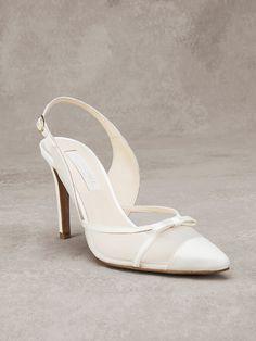 مجموعة لاحذية العروس 2017من بروفايس Bride Shoes Collection from pronovias 2017 Collection mariée Chaussures de Pronovias 2017