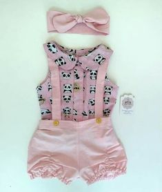 So cute outfit sweet lovely pink 🌞🌞 Little Girl Outfits, Little Girl Fashion, Toddler Fashion, Toddler Outfits, Kids Outfits, Kids Fashion, Baby Girl Dresses, Baby Dress, Cute Baby Girl