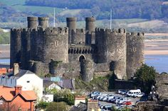 Conwy Castle, Conwy, on the north coast of Wales. It was built between 1283 and 1289 during King Edward I's second campaign in North Wales.