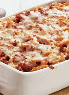 Low FODMAP Recipe and Gluten Free Recipe - Tomato & mozzarella spaghetti bake www.ibssano.com/...