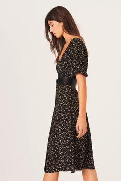 Feminine Dress, Feminine Style, Short Cocktail Dress, Easy Wear, Floral Prints, Short Sleeve Dresses, Shirt Dress, Womens Fashion, Collection