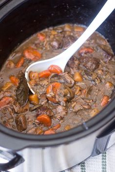 Slow Cooker Squeaky Clean Boeuf Bourgignon | www.thehealthyfoodie.com (Paleo/Whole30, omit mustard for AIP)