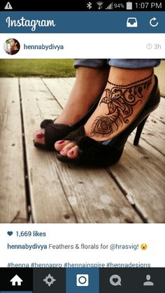 Foot henna, feather