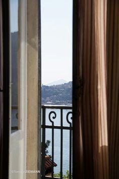 Como. Widok z pokoju hotelu. Italia.