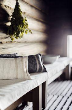 Portable Steam Sauna, Sauna Shower, Outdoor Sauna, Sauna Design, Finnish Sauna, Lakeside Cottage, Nordic Interior, Interior Decorating, Interior Design