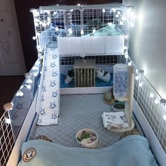 The video consists of 23 Christmas craft ideas. Diy Bunny Cage, Diy Guinea Pig Cage, Guinea Pig Hutch, Guinea Pig House, Bunny Cages, Hamster Cages, Pet Guinea Pigs, Rabbit Cages, Guinea Pig Care