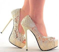Holy cow if love these for my wedding, if only they wouldn't make me so tall!